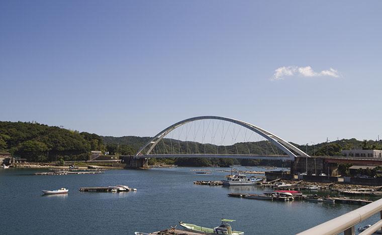 ①麻生の浦大橋